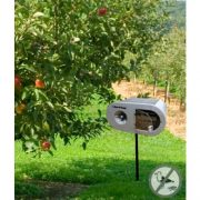 solar-sound-bird-deterrent-in-use